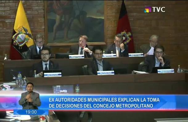 Ex autoridades municipales explicaron las decisiones del concejo metropolitano