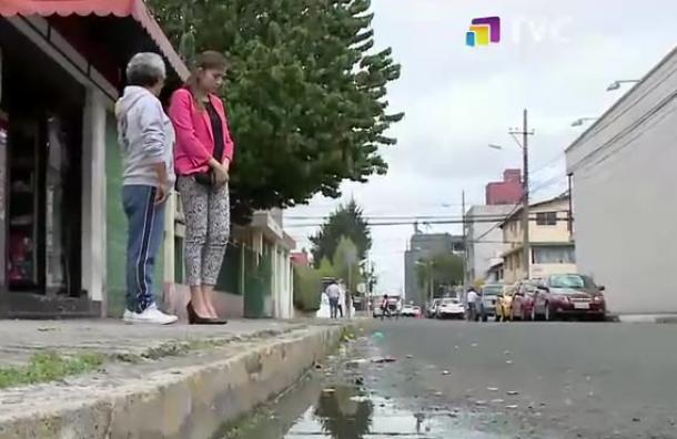 Reportan fuga de agua en el sector Jipijapa