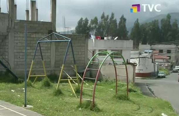 Solicitan mantenimiento a parque infantil de Vencedores de Pichincha