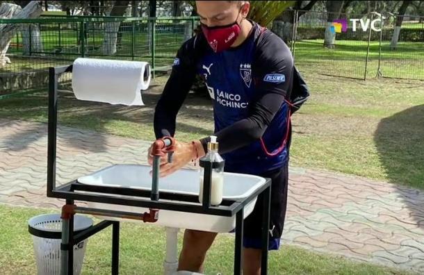 Clubes ecuatorianos de fútbol retoman entrenamientos