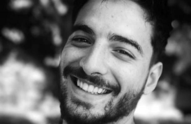 «No puedo de la risa»: Maluma se ríe de video donde lo comparan con el Chavo del 8